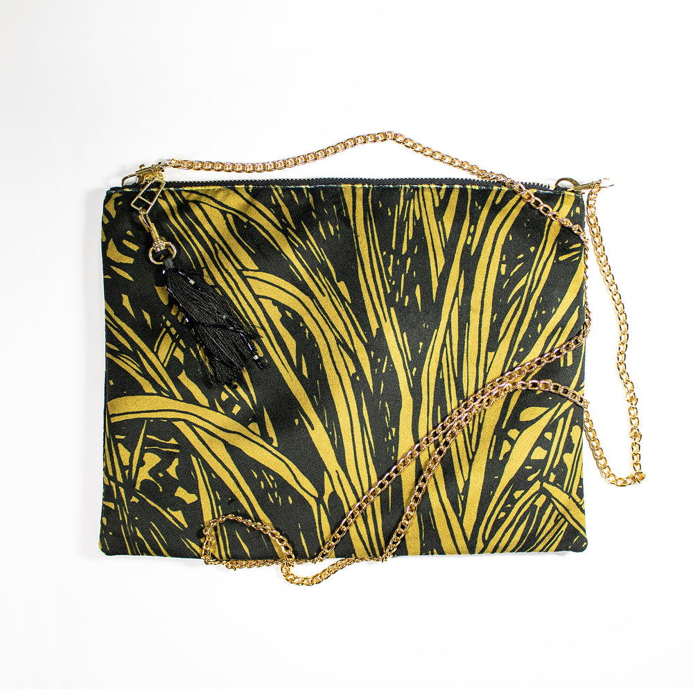 Aureum Jungle Black Clutch
