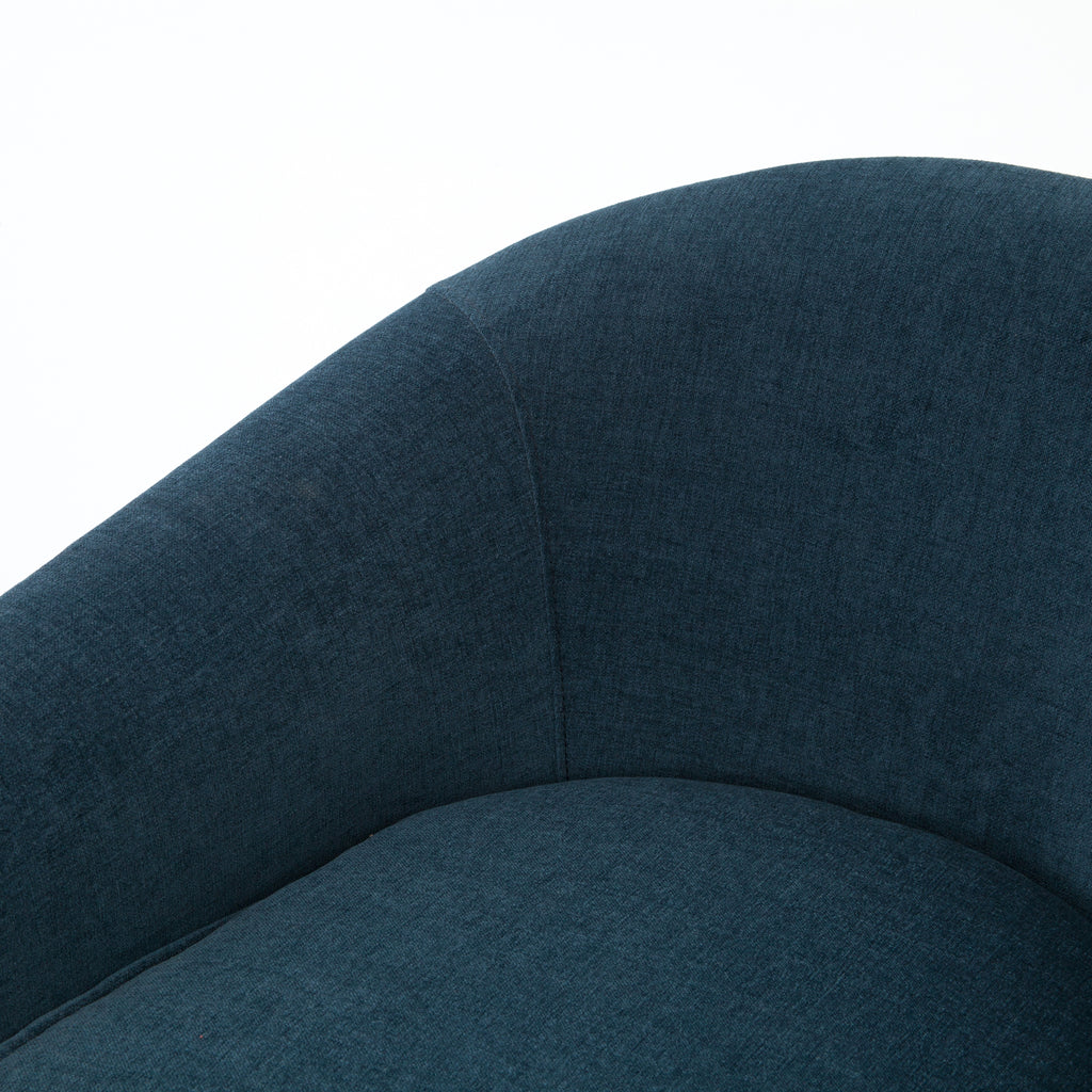 Nomad Chair Plush Azure