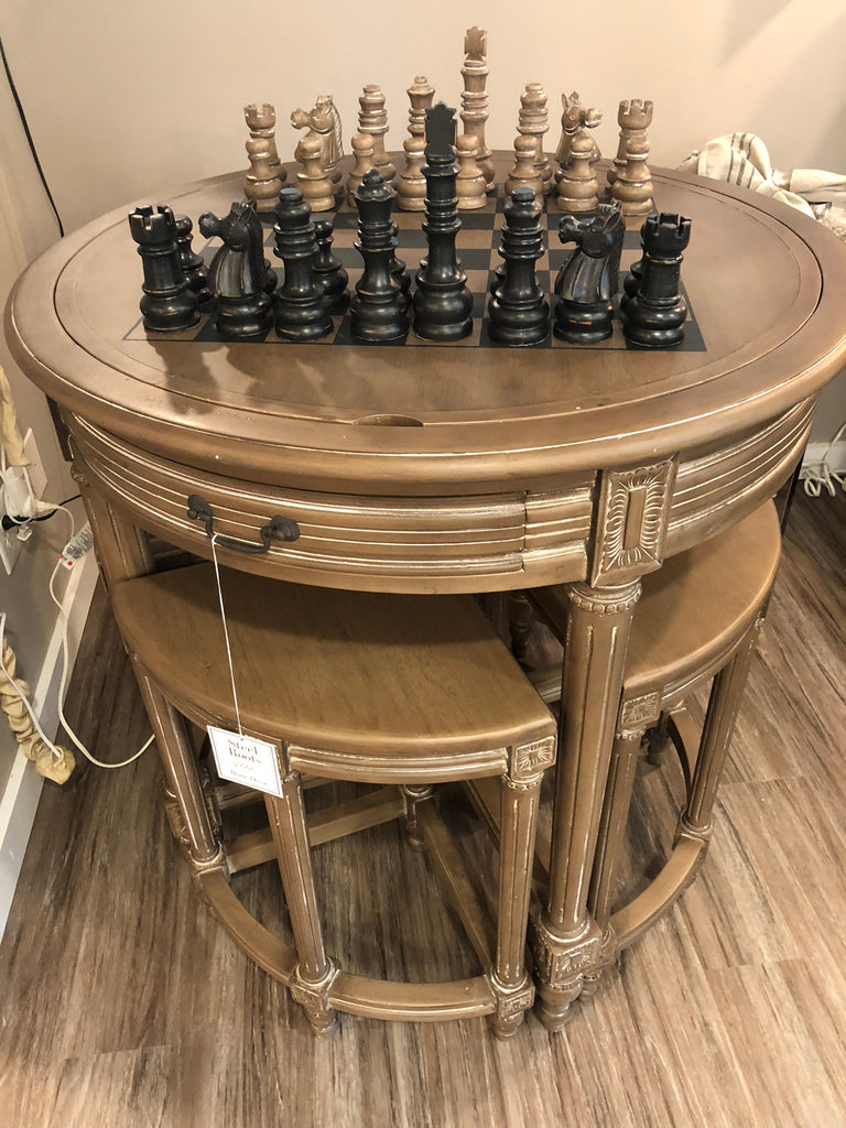 Pub Chess Table with 4 stools