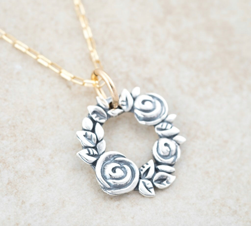 Wreath of Roses Necklace