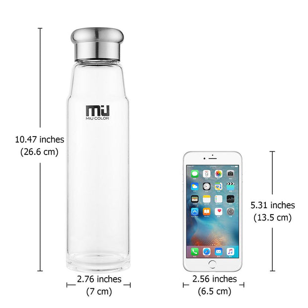 miucolor water bottles are handmade from borosilicate glass