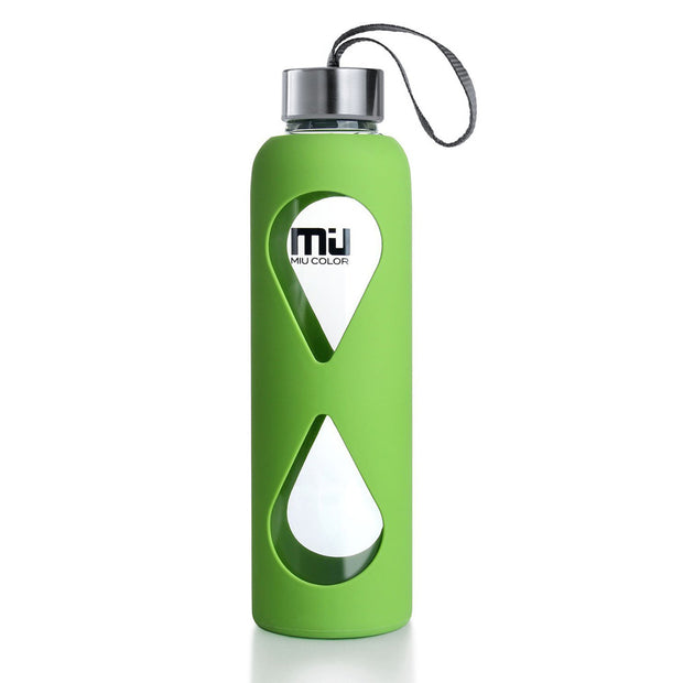 water bottle with silicone sleeve