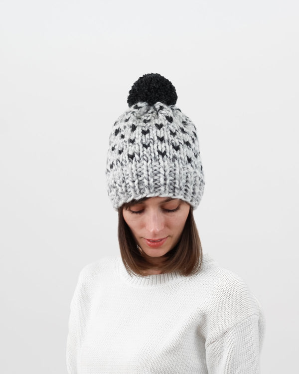 Knit Hat Pattern. Minimal fair isle design. Easy hat pattern by Forefolk
