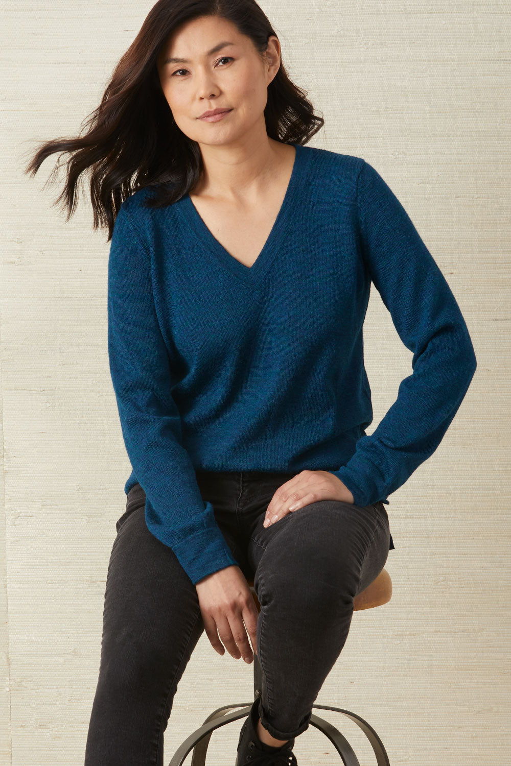 fair-indigo-womens-fair-trade-alpaca-boyfriend-v-neck-sweater