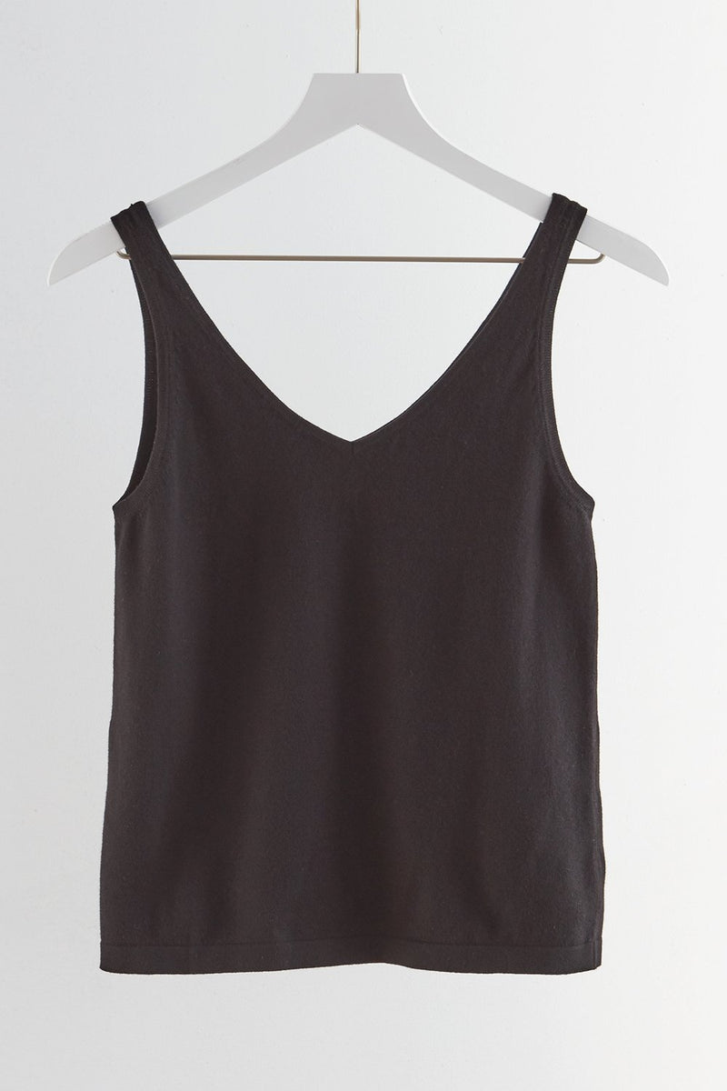 fair-indigo-womens-fair-trade-organic-v-neck-sweater-tank