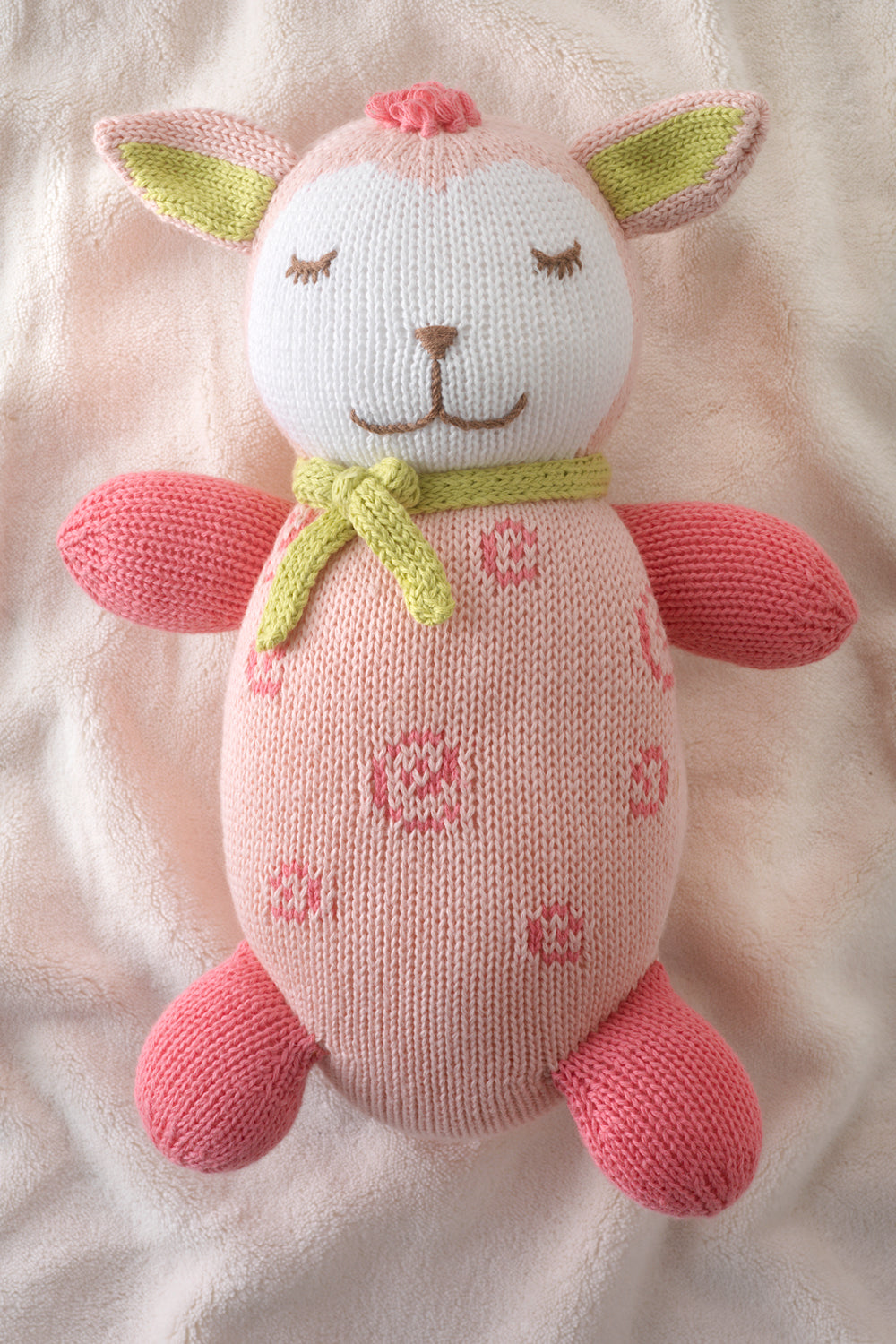 joobles-fair-trade-organic-lamb-stuffed-animal-cutie-the-lamb