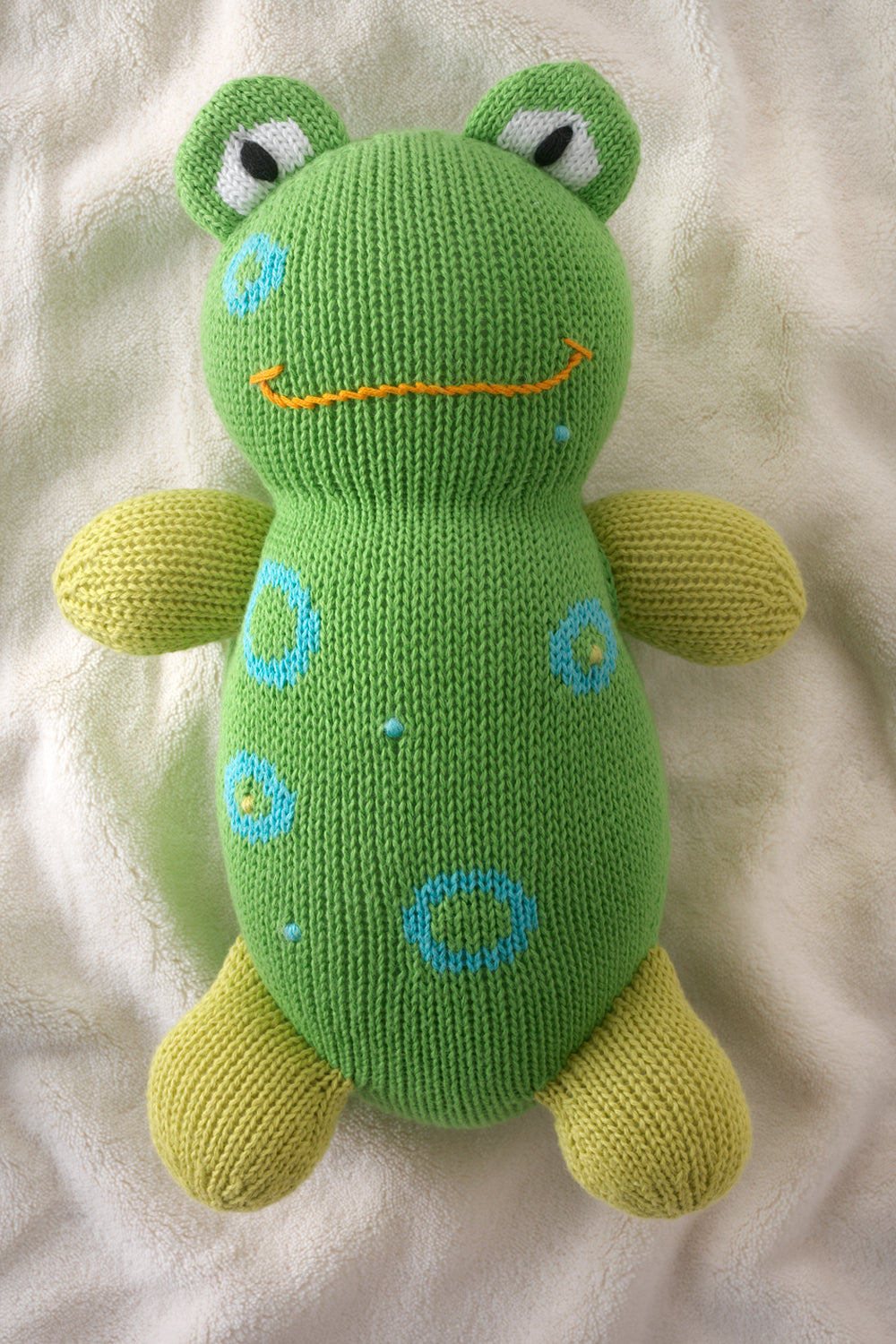 joobles-fair-trade-organic-frog-stuffed-animal-flop-the-frog