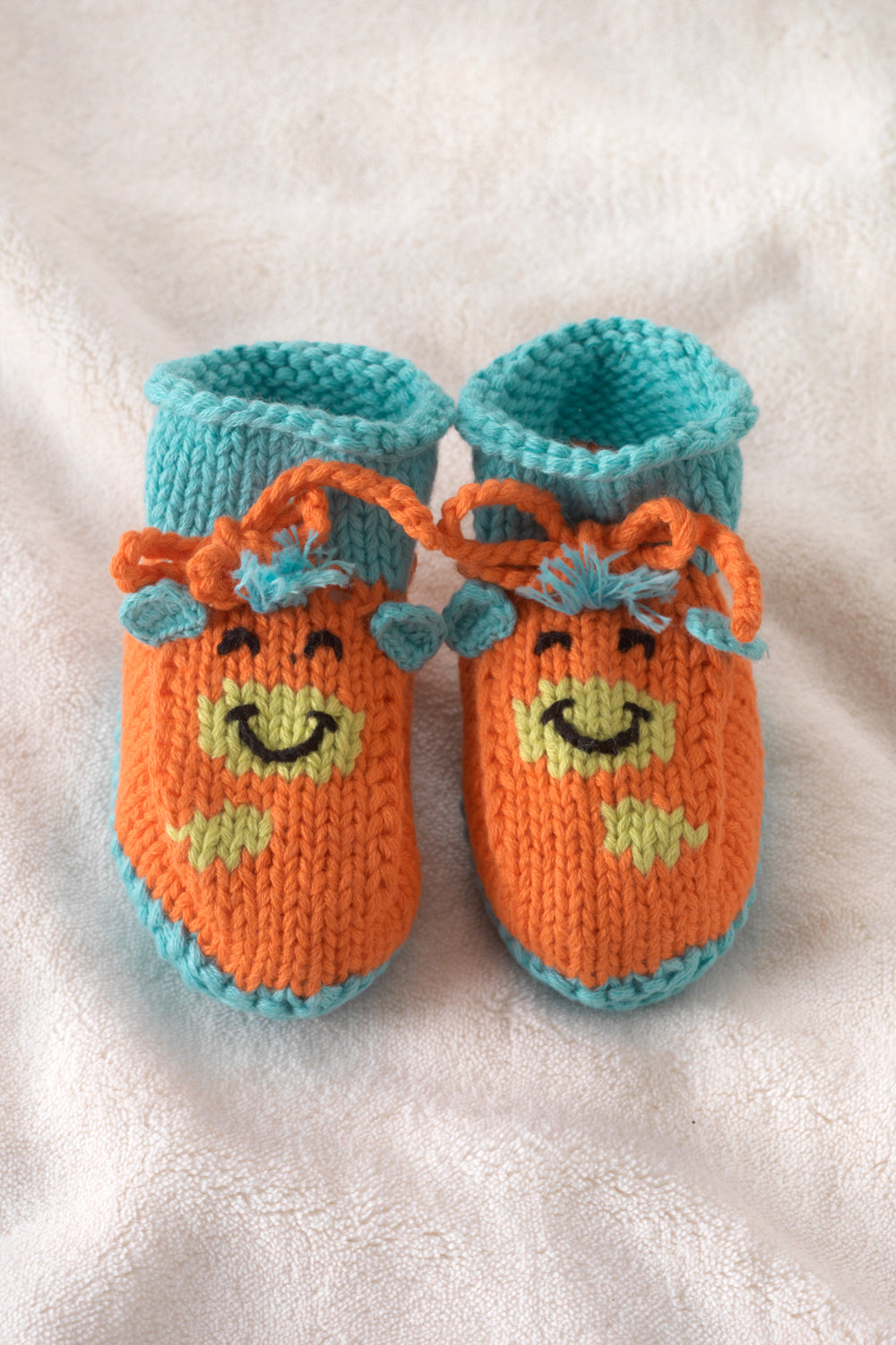 joobles-fair-trade-organic-baby-booties-jiffy-the-giraffe