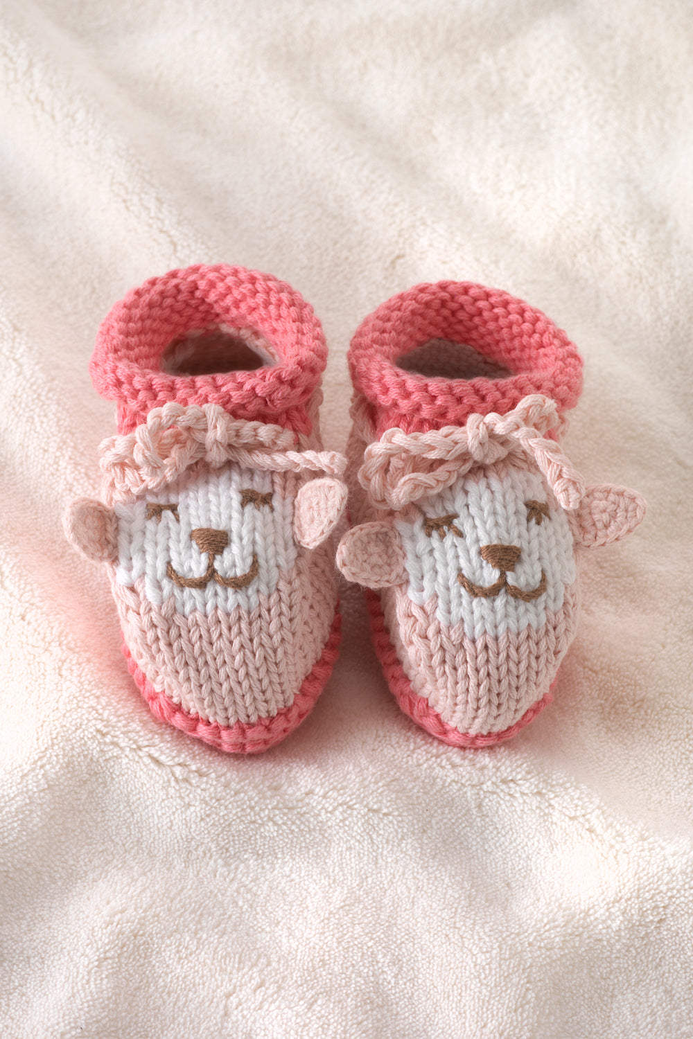 joobles-fair-trade-organic-baby-booties-cutie-the-lamb