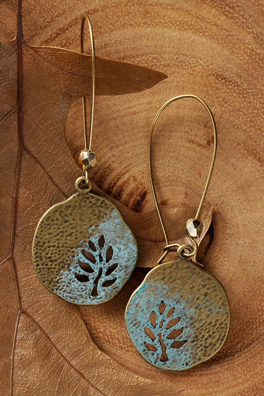 imagine-jewelry-womens-usa-made-leaf-cutter-earrings