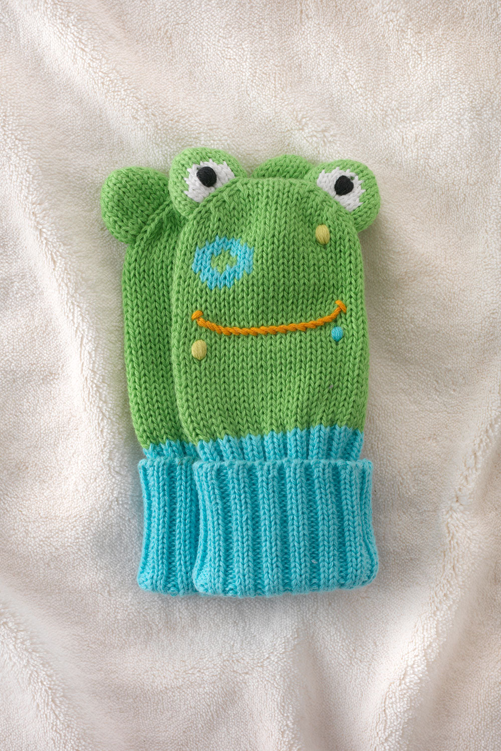 joobles-fair-trade-organic-baby-mittens-flop-the-frog