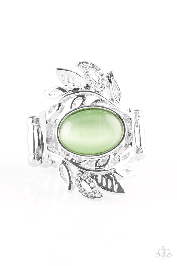 Garden Dew - Green Moonstone - Stretch Ring