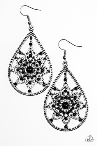 Daffodil Dreams - Black - Earrings