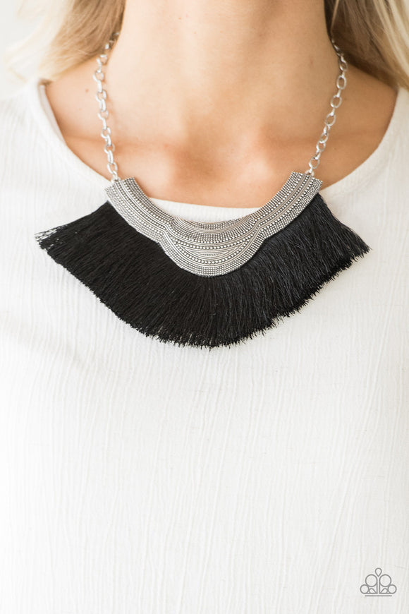 My PHARAOH Lady - Black - Short Necklace