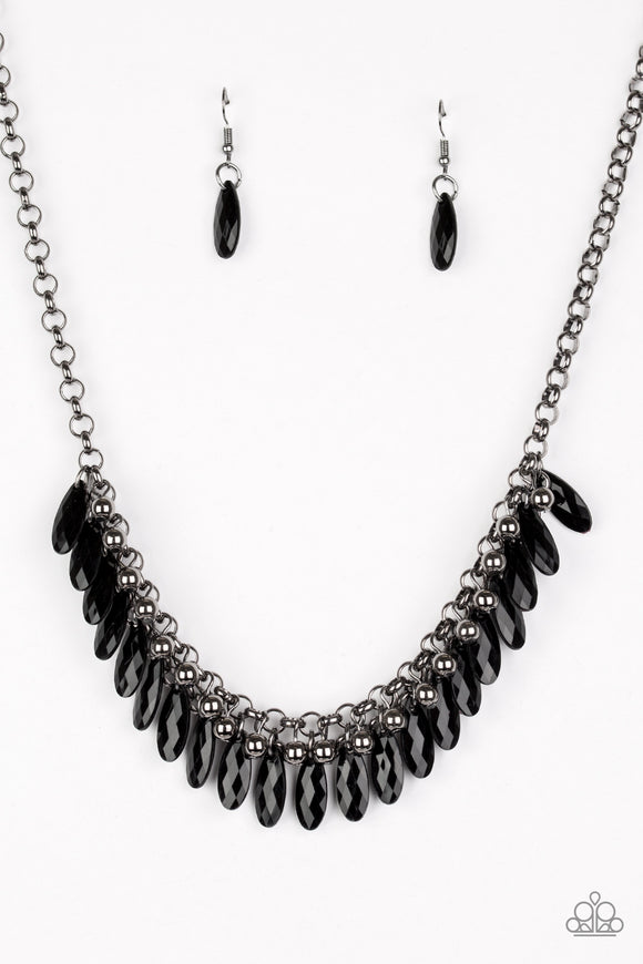 Jersey Shore - Black - Short Necklace
