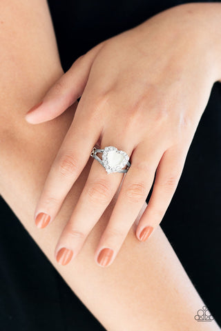Love Is In The Air - White - Stretch Ring