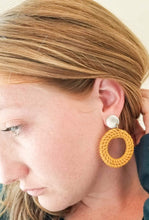 Load image into Gallery viewer, OPEN CIRCLE RATTAN EARRINGS