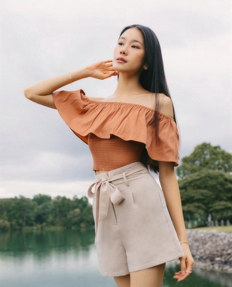 Axel Off Shoulder Top Tops OSMOSE-STORES XS Brown