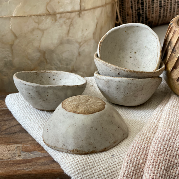 Pebble Pinch Pots Alhoka Designs