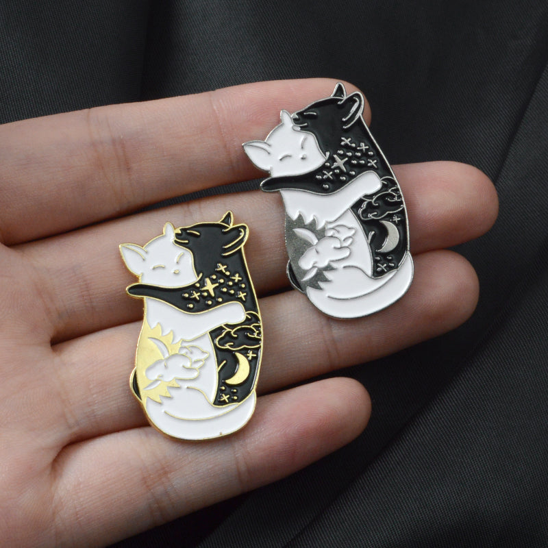 Black & White Cat Broach - Purrfect Apparel