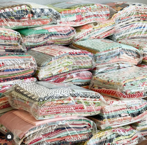 CYBER MONDAY SALE! Merry Merry Snow Days Quilt Kit