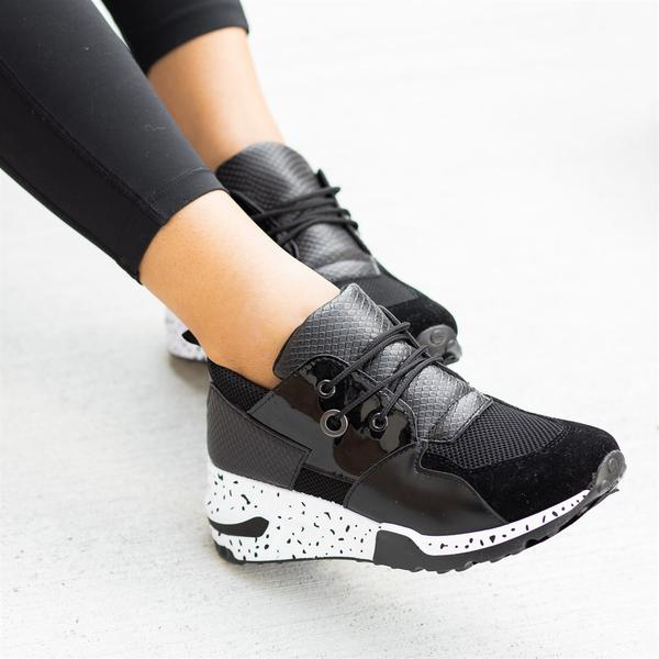 Get Sporty Running Shoe
