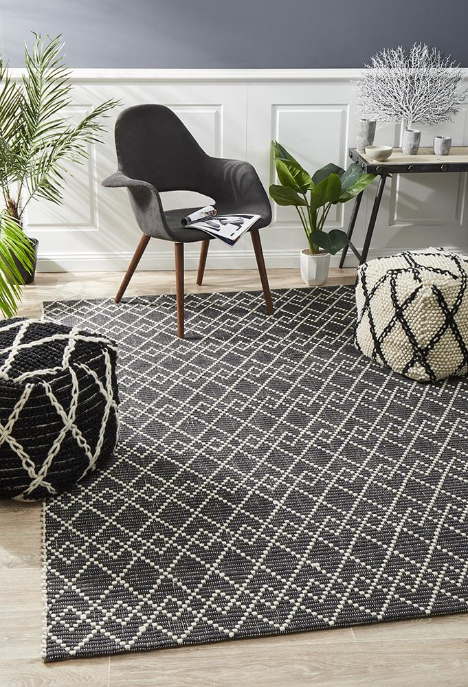 Deepa Wool - Black & White