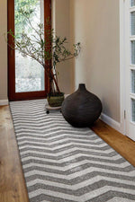 Icon Modern Chevron Design - Silver [Runner]