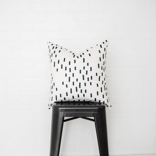 Smudge Dots Pillow Cover