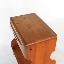 Load image into Gallery viewer, Franklin Shockey Nightstand Sculpted Pine