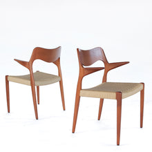 Load image into Gallery viewer, Set of 2 Niels Møller Dining Armchairs Captains Chairs Model 55 - Teak and Paper Cord