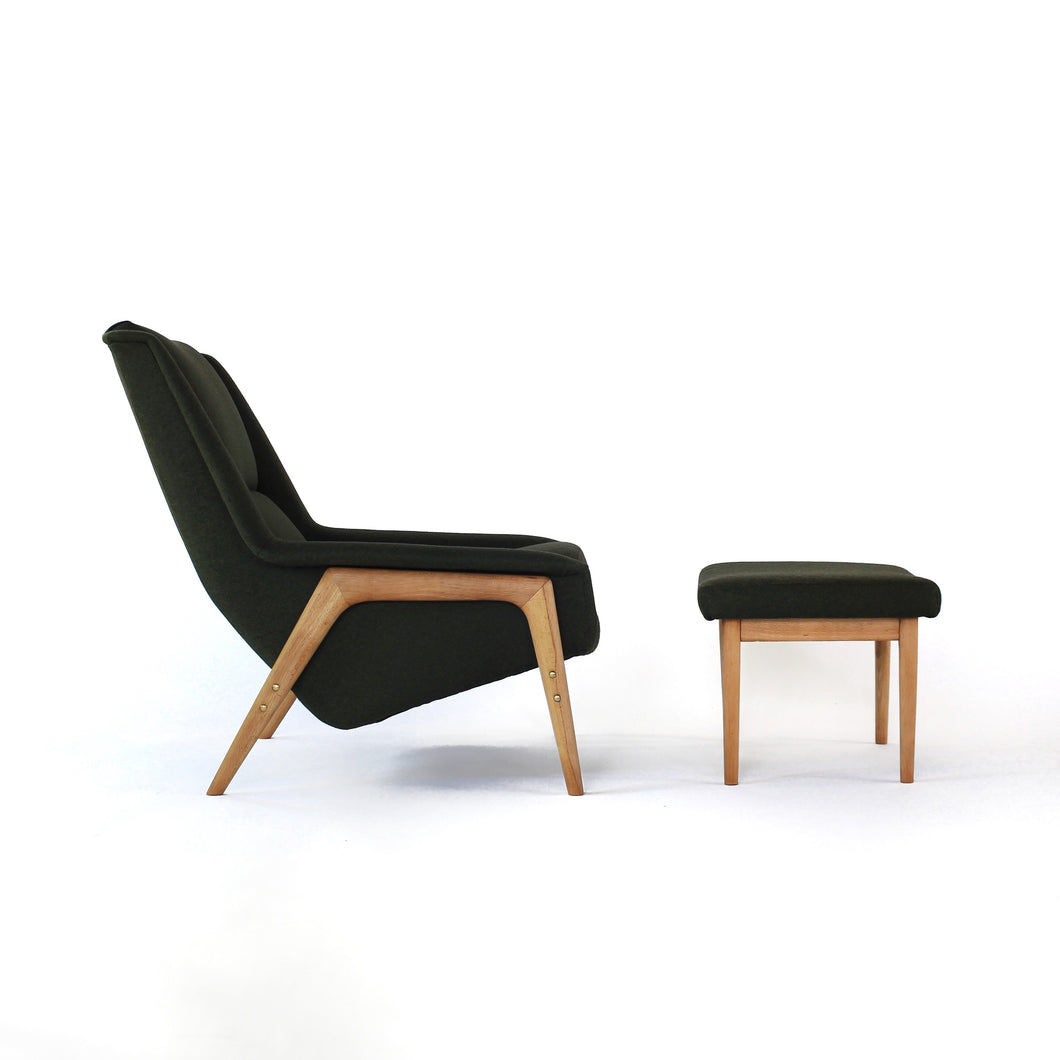 Quintessential Folke Ohlsson Lounge Chair for Dux with Ottoman