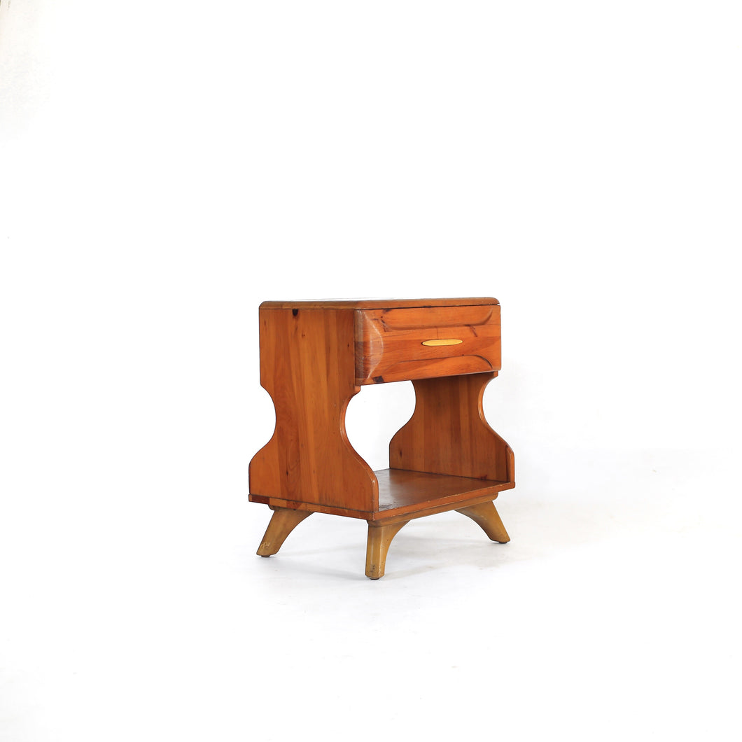 Franklin Shockey Nightstand Sculpted Pine