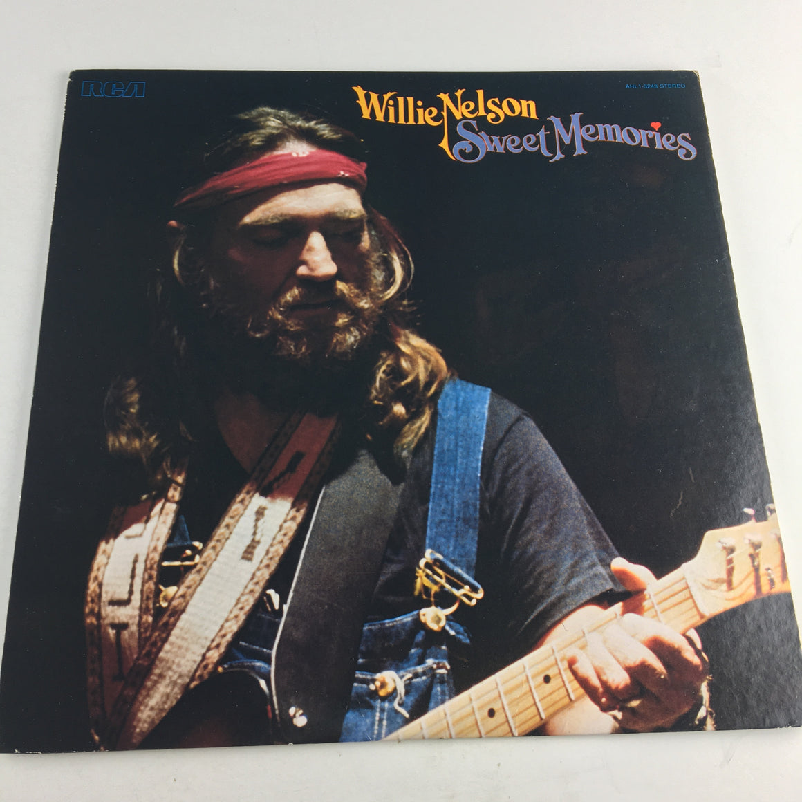 Willie Nelson Sweet Memories Used Vinyl LP VG AHL1 3243, AHL1-3243