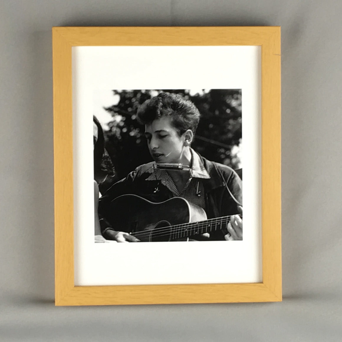 "Young Bob Dylan Framed Art Print - 10"" X 12"" - Quality Wood Frame"