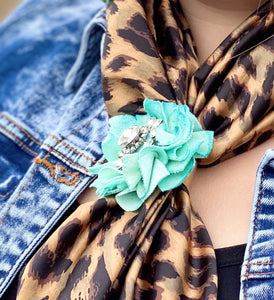 Lisa Flower Wild Rag/Scarf Slide