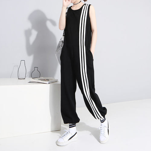 Fashion Solid Color Sleeveless Round Neck Jumpsuit