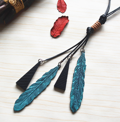 Literary copper green leaves wooden tassel long necklace