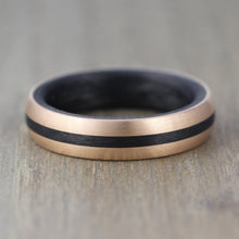 5.5mm Carbon Fibre & Rose Gold wedding ring with Free Engraving!