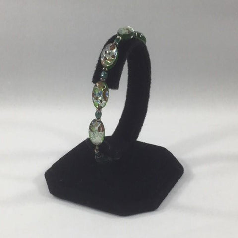 Stretch Bracelet with Green Murano Beads.  Size 7