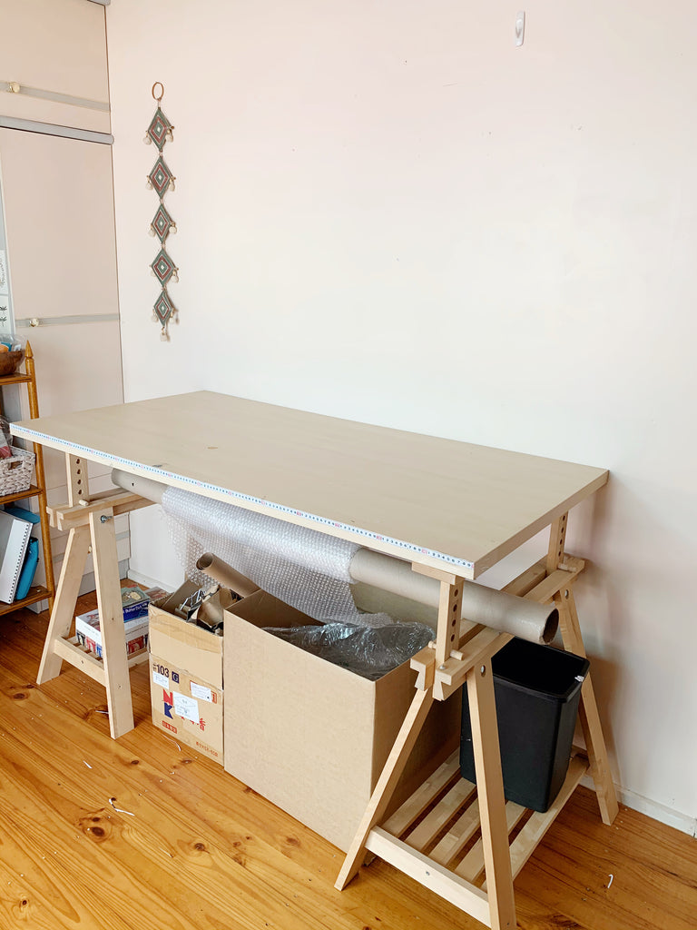 packing desk