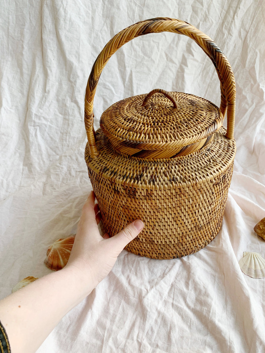 African Woven Basket with Lid and Handle - Storytellers Workshop