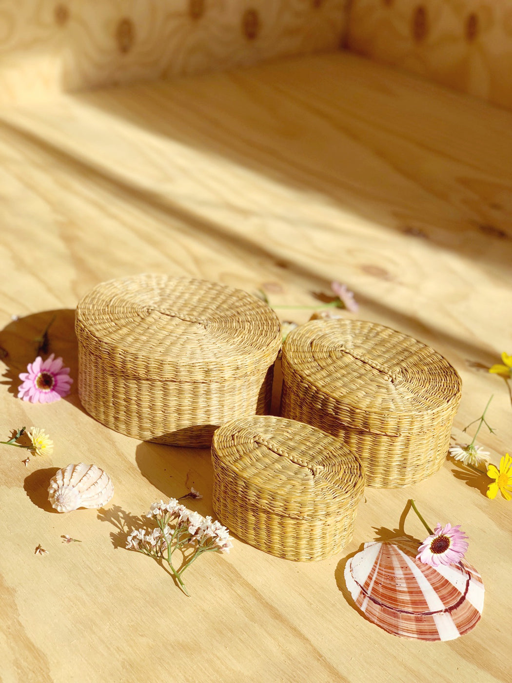 Set of Three Seagrass Nesting Baskets