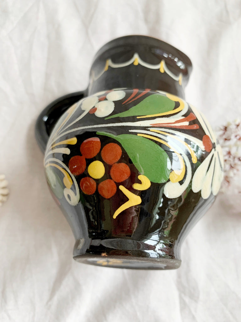 Small Hand-Painted Terracotta Vase | Storytellers Workshop