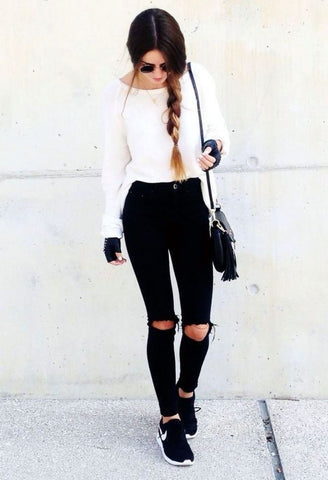 fall ripped jeans outfit ideas