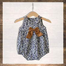 Load image into Gallery viewer, Baby Romper Girl Baby Clothes Pretty Stylish Hong Kong NinyMini