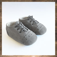 Load image into Gallery viewer, SHOES Moccs Light Grey
