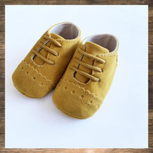 Load image into Gallery viewer, Mustard Yellow Baby Shoes Moccs Pretty Stylish Hong Kong Ninymini