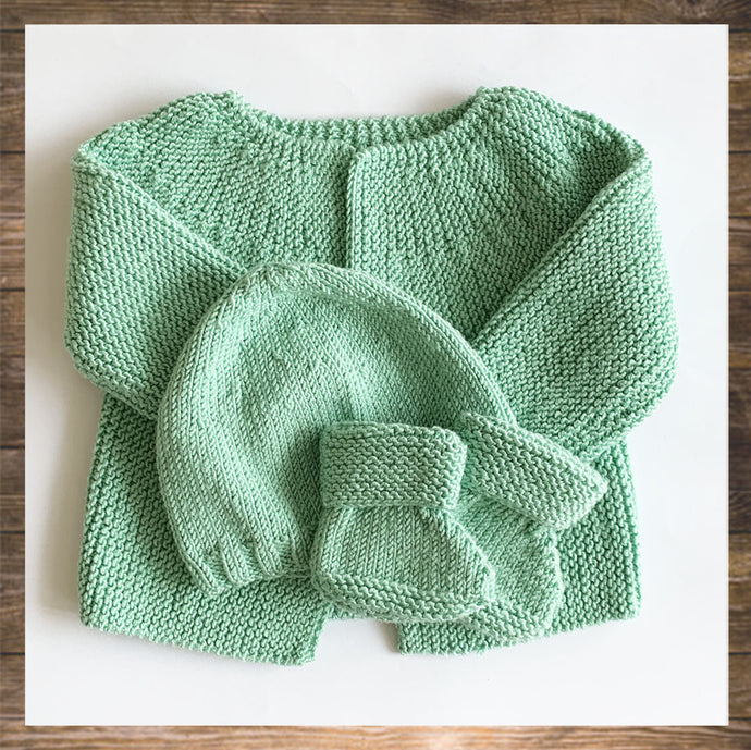 New Born and Baby Cardigan Botties beanie hand knitted Ninymini Hong Kong Made in France soft and confortable outfit