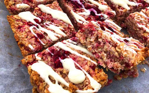 JO'S RASPBERRY, COCONUT & WHITE CHOCOLATE FLAPJACKS